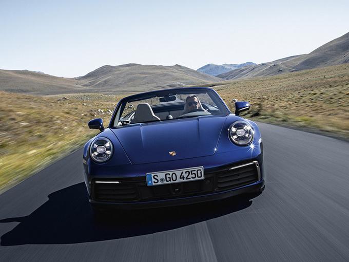 保时捷全新911敞篷版 3.8秒破百/售165.8万元起