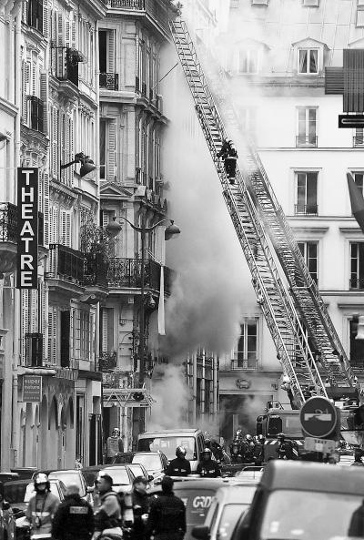 巴黎突发爆炸多人死伤