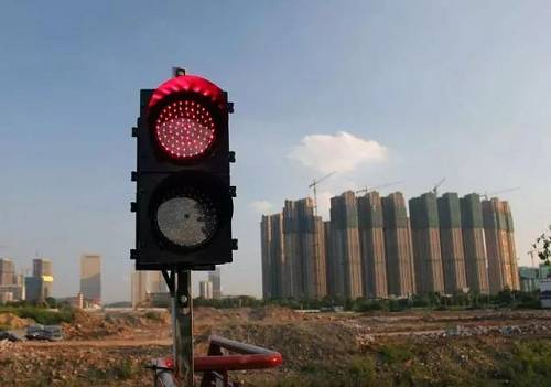 动作迅速,住建部刚发出预警,就对这类城市调控升级了
