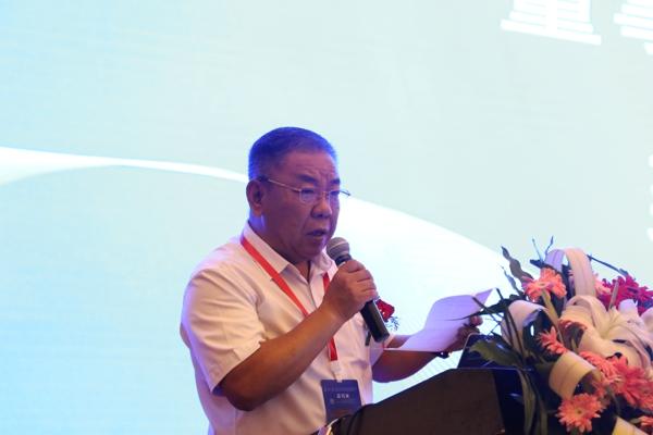 河南平原智能装备股份有限公司董事长 逄振中