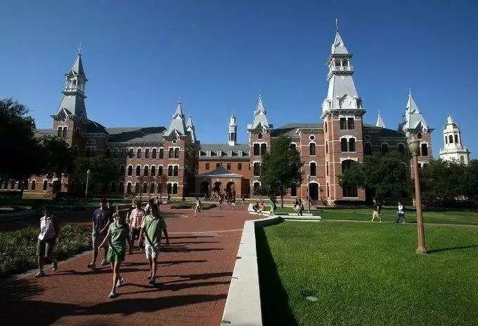 """哈佛近5成新生来自富豪家庭!美国名校学费""""涨""""声一片"""