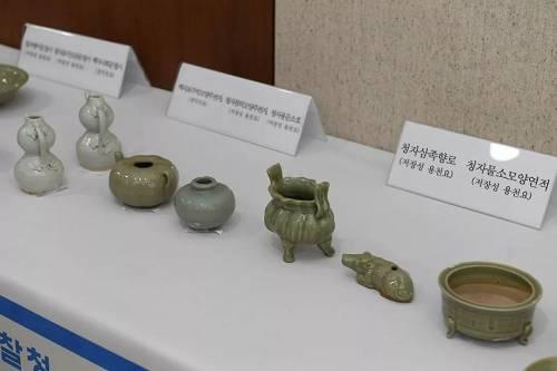 从沉船打捞上来的瓷器。(香港《南华早报》)