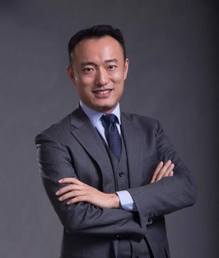 AI独角兽第四范式宣布人事任命 原SAP全球副总裁裴沵思担任总裁