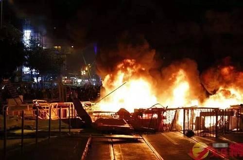 谴责!围攻、纵火、袭警,昨晚香港违法暴力再升级…