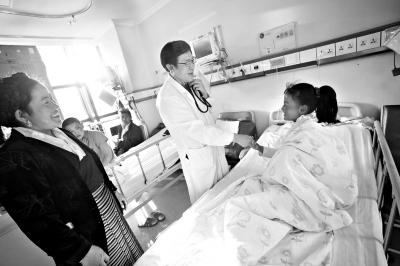 西藏先心病患儿今天在京手术