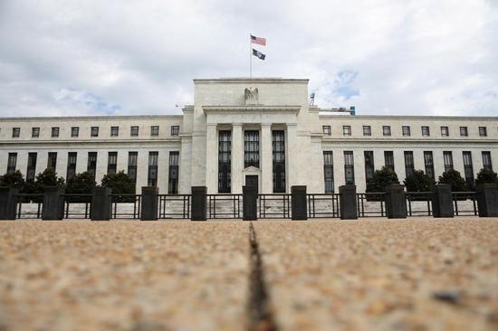 """一年内三次降息 美联储似乎实现了政策""""软着陆"""""""