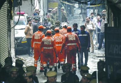 """印度一工厂""""极其可怖""""火灾致43人丧生"""