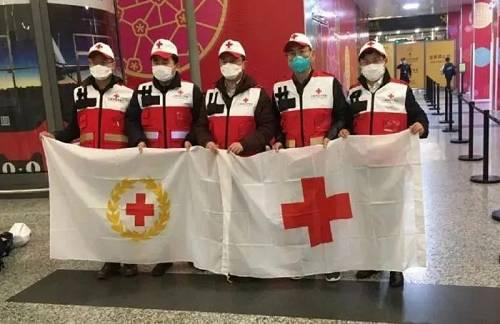 2月26日,中国驻伊朗大使馆和在伊某中资企业危险向伊方施舍5000人份新冠病毒核酸检测试剂盒,助力伊方抗击新冠肺热疫情。