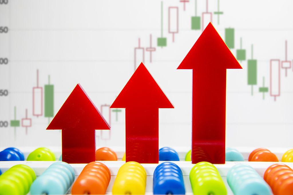 新京报讯(记者 张思源)北京时间4月7日早,全球股市大幅收涨,美国三大股指均收涨逾7%,道指涨逾1600点。欧股普涨,亚太股市众数大幅收涨。