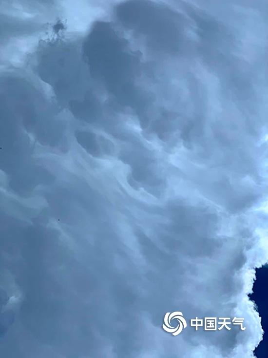 """平凉门户网_精致!甘肃平凉遭遇强对流 天空惊现""""水墨云""""-新闻频道-和讯网"""