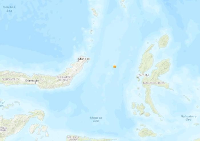 印尼东北部附近海域发生5级地震 震源深度15.6公里