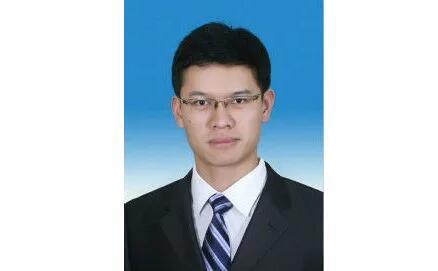 清华博士毕业,33岁的他拟升局长