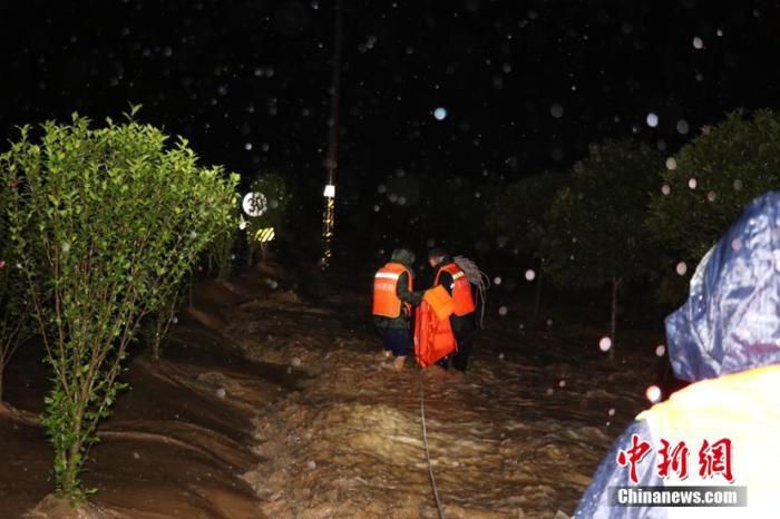 两部门针对四川等地暴雨洪涝启动国家Ⅳ级救灾应急响应