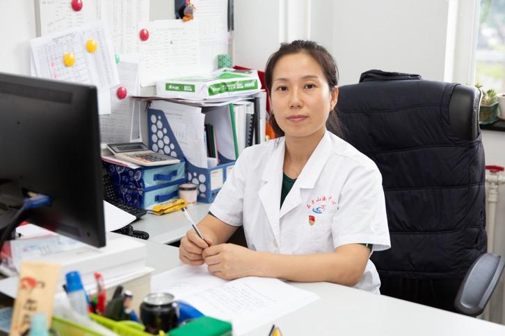"""疾控中心的""""姜妈妈"""":治传染病也当心理医生,零歧视应成为共识"""