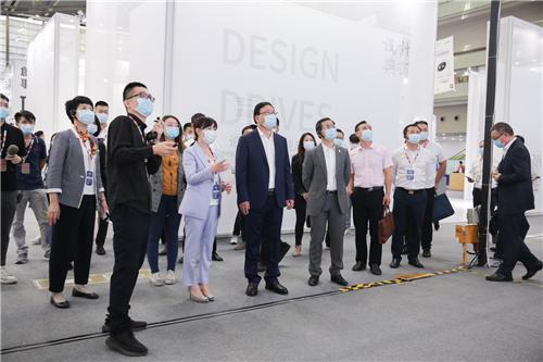 """线上线下集结全球设计力量 打造开放多元展会""""新""""模式―――2020第八届深圳国际工业设计大展正式启幕"""