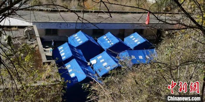 四川九龙滑坡灾害:受灾群众已妥善安置 山体仍不稳定