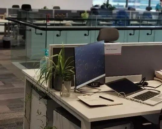 电银付小盟主(dianyinzhifu.com):火山在办公室旁边喷发是什么体验?华为告诉你 第10张