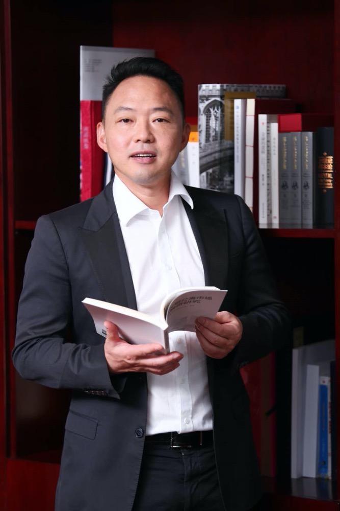 专访光大信托董事长闫桂军:信托转型资产管理机构应按规律办事