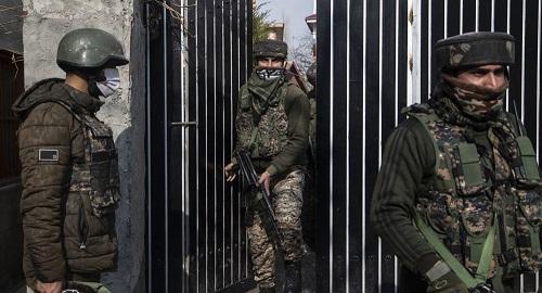 俄媒:印度国防部长承认印军超四万军人感染新冠病毒 海陆军都中招