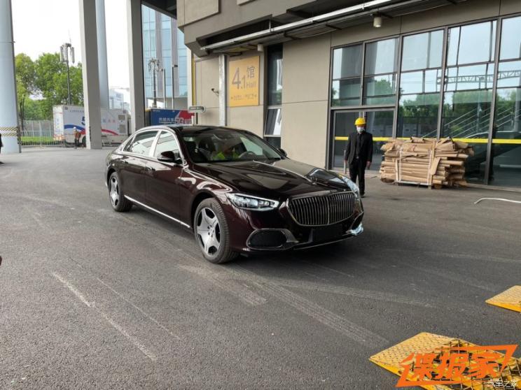 2021上海车展探馆:新一代迈巴赫S级