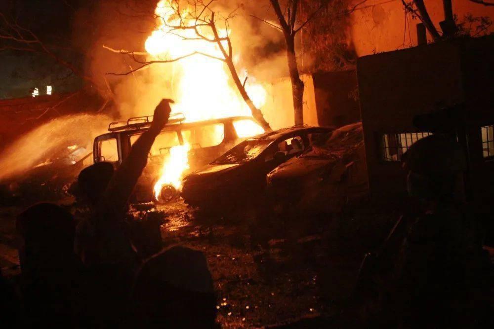 巴基斯坦一酒店爆炸,已致4死12伤,中方使馆人员全体平安!