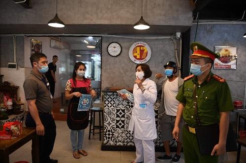 美媒:越南最大都市胡志明市爆发新冠病毒聚集感染 不戴口罩教堂活动被指源头