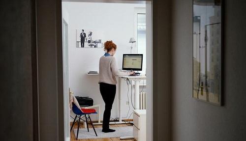 德媒:居家办公成新冠疫情时代白领凡尔赛象征 效果取决于住房条件
