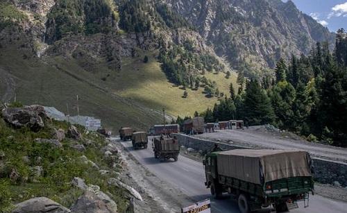 彭博:印度往中印边境增兵5万总兵力超20万想干啥 专家称为谈判加点砝码