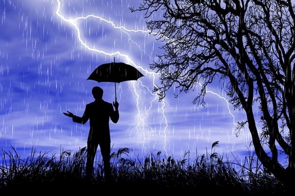 中央气象台6时再发暴雨黄色预警 局部地区仍有160毫米大暴雨