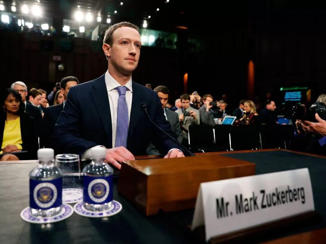 """薪酬报告曝光美国最""""怕死""""CEO 一年安保花费1.5亿"""