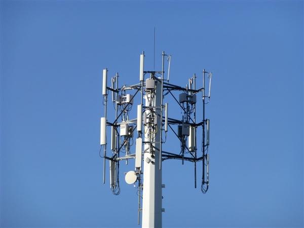 联通电信共建共享基站:年节电超117亿度、双方累计节省超千亿元