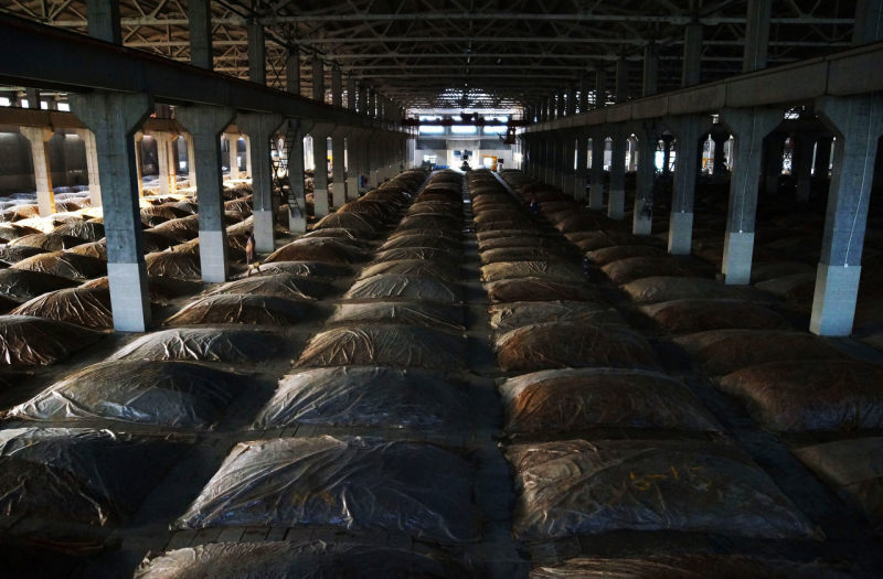 白酒半年报   迎驾贡酒上半年营收增逾50%,中高档白酒增长70%以上,热衷购买理财产品
