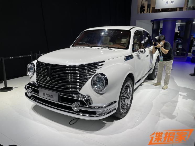 2021成都车展探馆:WEY全新复古潮驾