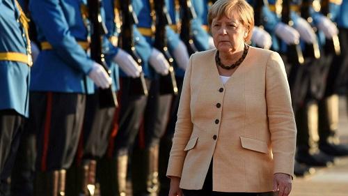 法媒:德国大选赛进入最后百米冲刺 谁能拿下默克尔退任空位