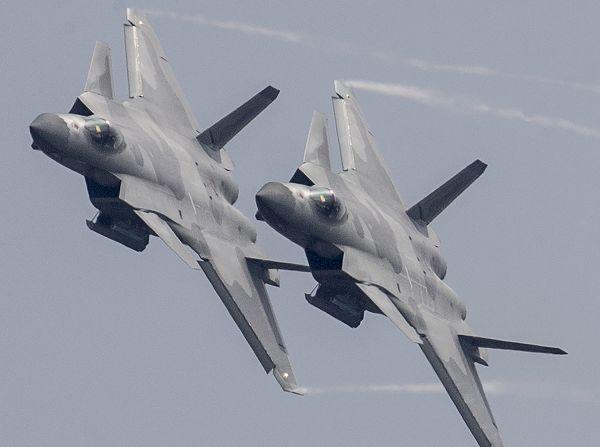国际航空盛事展现中国力量——写在中国航展创办25周年之际